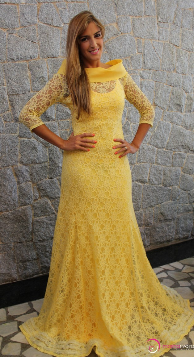 vestido-de-renda-longo-amarelo-mauro-de-biazzi-blog-carola-duarte
