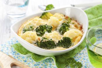 receita-light-brócolis-gratinado-com-molho-branco-light-blog-carola-duarte