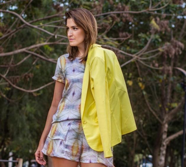 look-da-carola-conjunto-estampado-blazer-amarelo-blog-carola-duarte