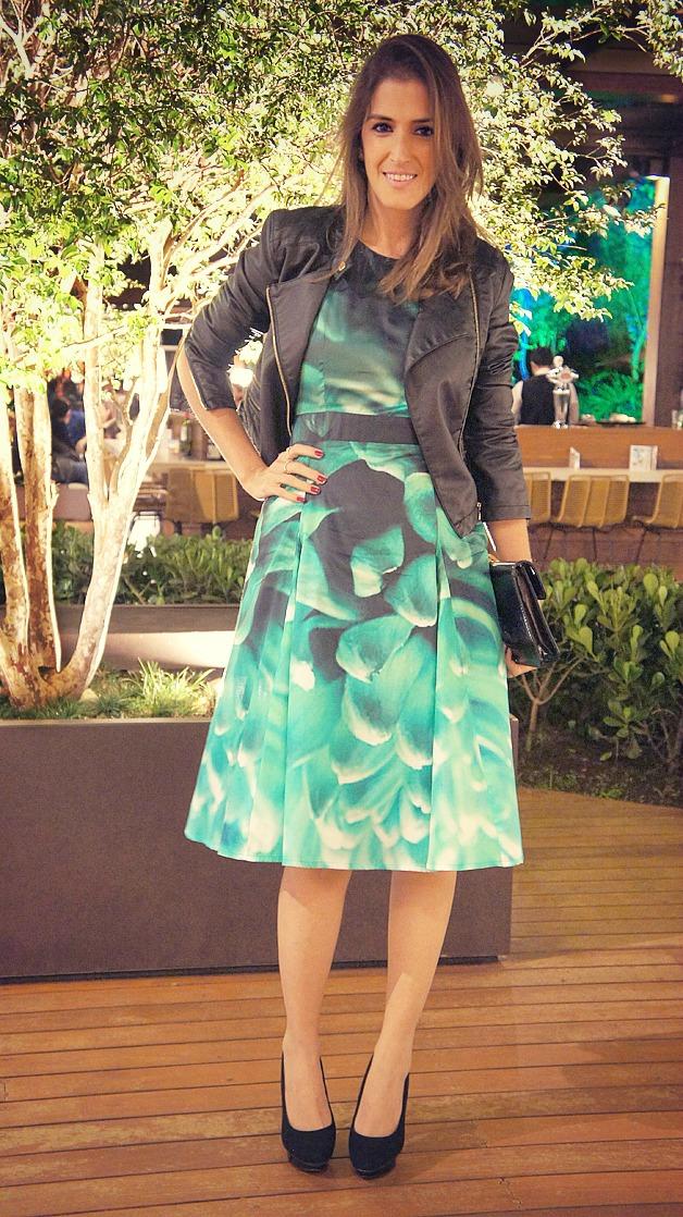 vestido-midi-com-jaqueta-de-couro