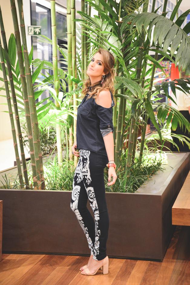 blogueira-de-moda-ribeirão-preto-camisa-pop-up-recorte-nos-ombros