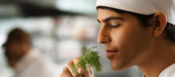 cheirar-comida-e1301078497951