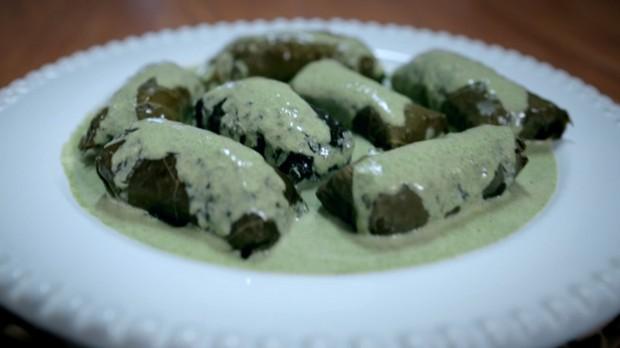 receita-de-molho-de-menta-comida-árabe