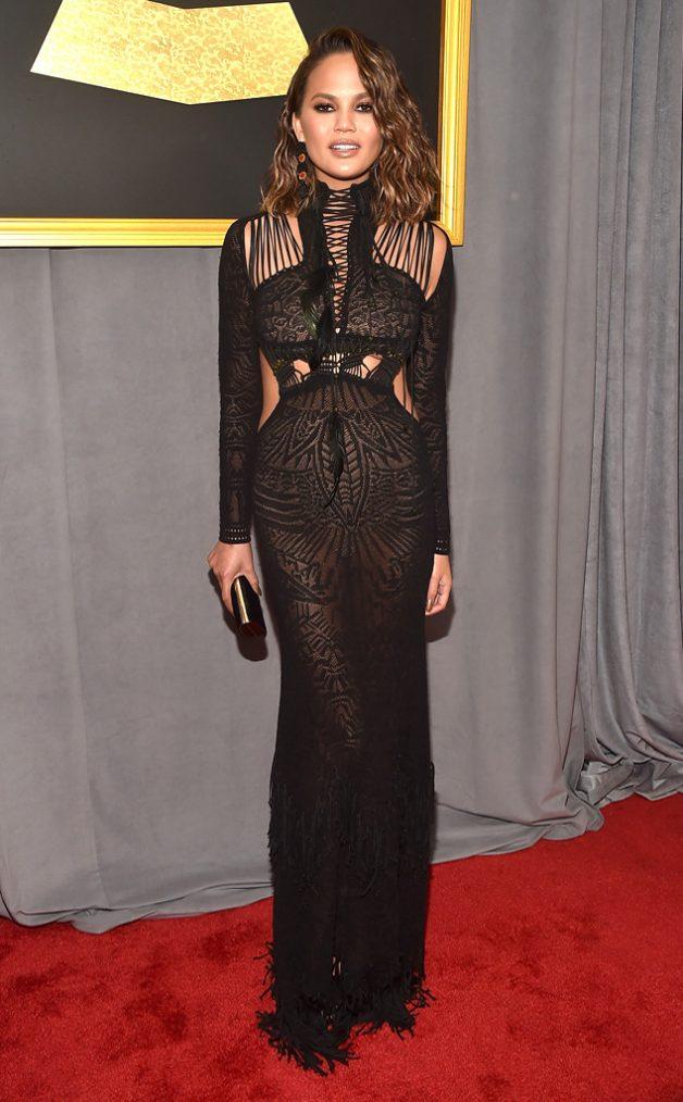 Look da Chrissy Teigen no Grammy Awards 2017