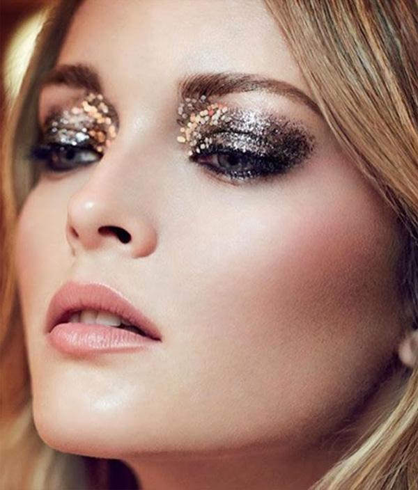 make de glitter para o carnaval preta e dourada