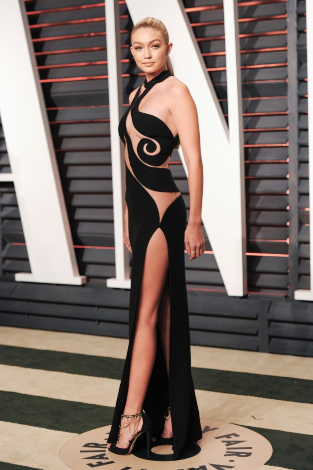 VANITY FAIR OSCAR PARTY 2015 - Red Carpet Arrivals